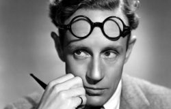 Leslie-Howard2