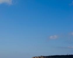 Blå, blå himmel.