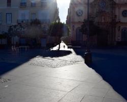 Vackra skuggor i Cadiz. Det är trots allt december.