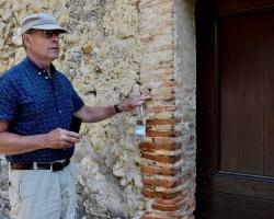 """Mats säger """"så här murade romarna"""""""