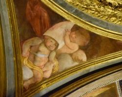 Massor av vackra fresker ser vi i kyrkorna, som denna ofta från 1500-talet
