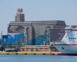 Vy från hamnen i Pireus. Vad är det? Fantastisk målning
